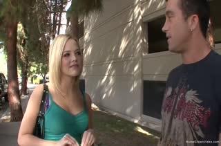 Блондинка Cassidy Klein соблазнилась попробовать большой член