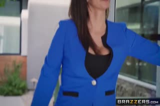 Две сучки из силикона устроили лесбийское порно