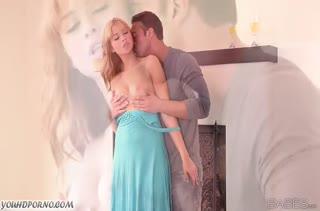 Милашка Molly Bennett обожает романтическое порно