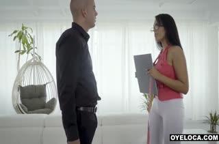 Грудастая Katrina Moreno залезла верхом на пенис