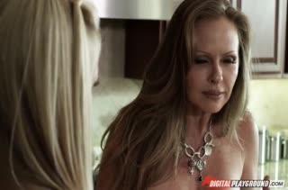 Сисястая Lisa Ann обожает большие пенисы парней
